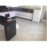 piso de mármore para cozinha preço m2 Pacaembu